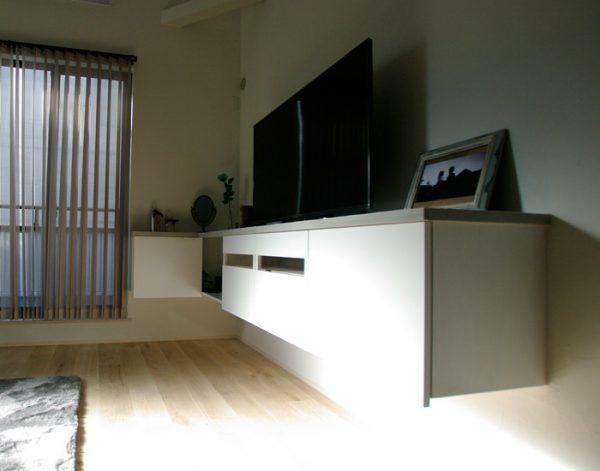 float TVbord