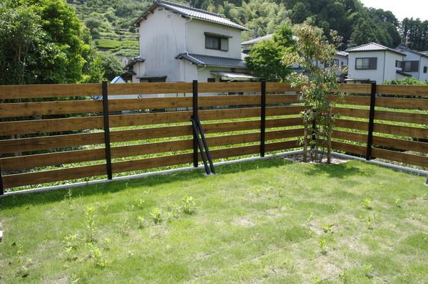 木のフェンス